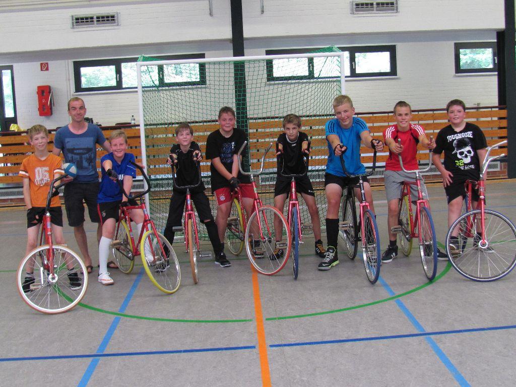 Nachwuchs-Radballer im Trainingslager