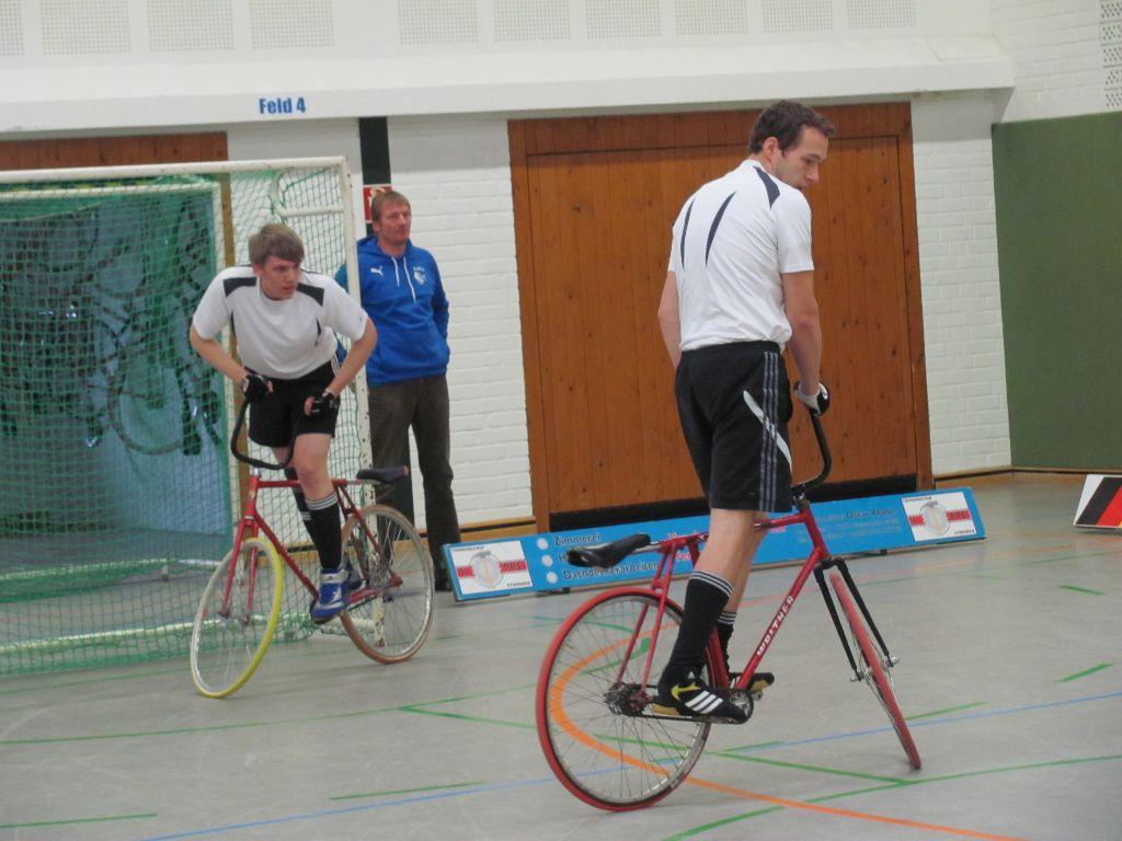 Niedermehner Radballer starten in die neue Saison