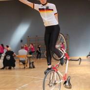 DM Vorschau 1er Kunstradsport der Frauen — Gewinnt die Weltmeisterin oder siegt eine Jüngere?