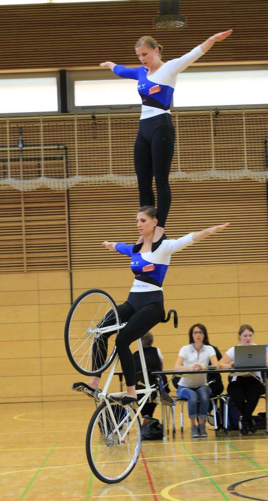 DM Vorschau Kunstradsport 2er Frauen — Nadja und Julia Thürmer vor klarem Sieg?