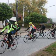 101 Radsportler trotzten Wind und Wetter